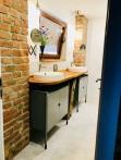 hayloft bathroom insight view